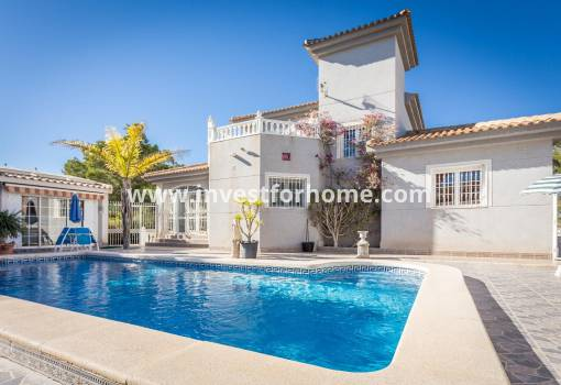 Detached Villa - Sale - Orihuela Costa - Villamartín