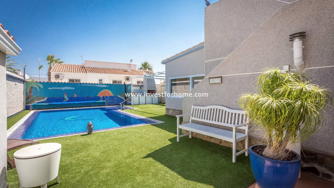 Sale - Detached Villa - Torrevieja - El Chaparral