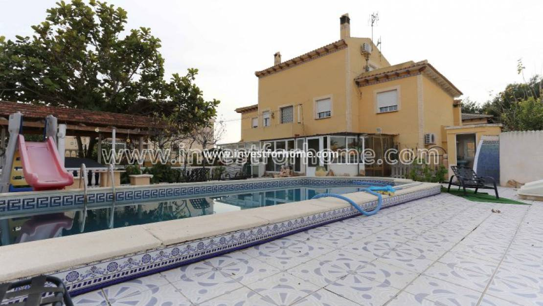 Sale - Detached Villa - Torrevieja